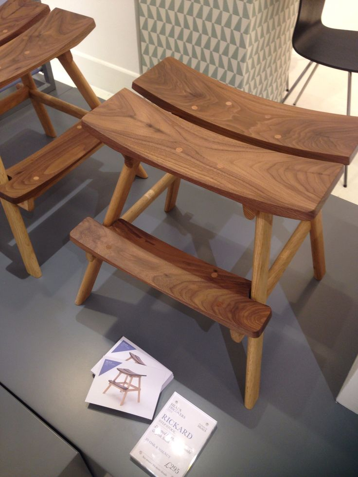 Heals step/stool/table