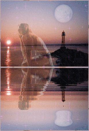 Анимация Девушка сидит отражаясь в воде, на фоне мыса с маяком и ночного неба с полной Луной