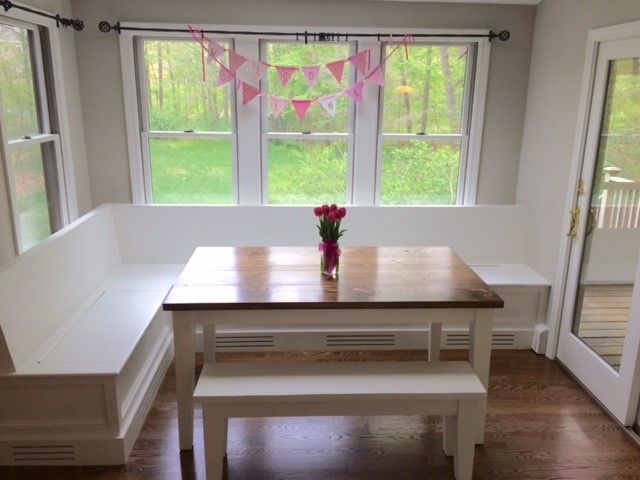Solid Wood Farmhouse Table With Tapered Legs Table Top