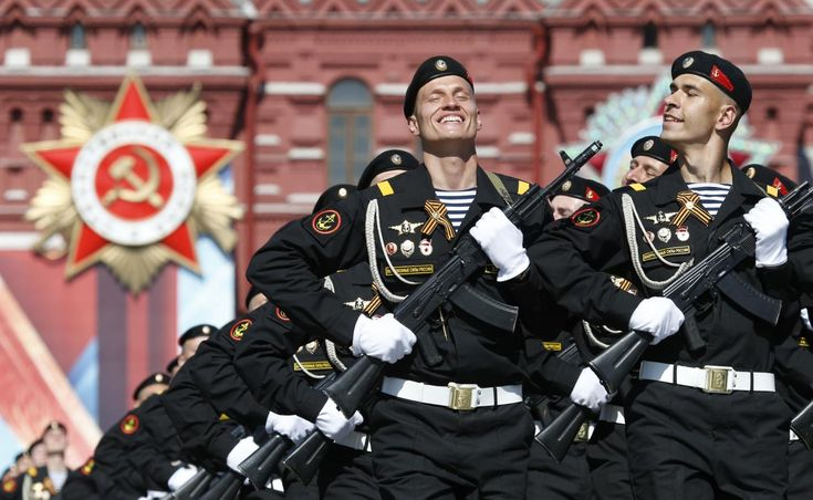 Victory Day in Moscow in 1 Minute! - BigTimeMoscow