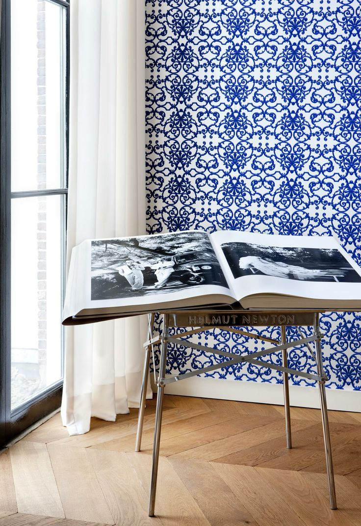 Blue Wallpaper / Blauw behang collectie Gardens of Amsterdam Annet van Egmond - BN Wallcoverings