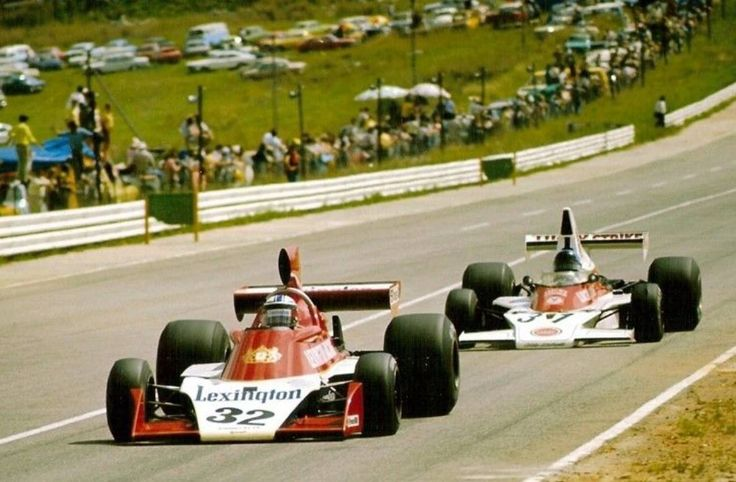 Ian Scheckter, Tyrrell-Ford and Dave Charlton, McLaren-Ford at the 1975 South African GP