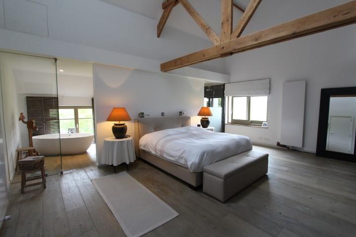 Te koop - Uitzonderlijk vastgoed 6 slaapkamer(s) - bewoonbare ...