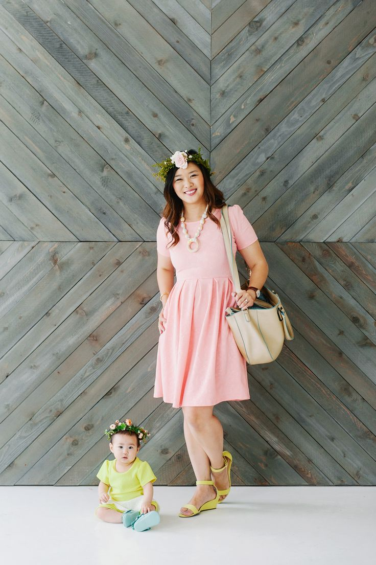 Mommy and Me Outfits LulaRoe and Dot Dot Smile | mommy and me spring outfit ideas | mommy and me fashion | mommy and me style tips | mommy and me easter outfits | easter fashion for mom and daughter || Sandy A La Mode