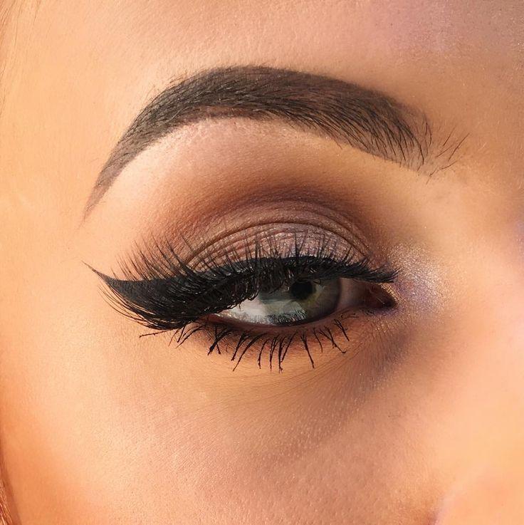 Olivia  Manson (@elysian.artistry) Eye makeup look