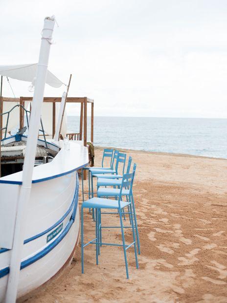 Experimental Beach Ibiza - chaises de bar #Facto #Fermob www.fermob.com