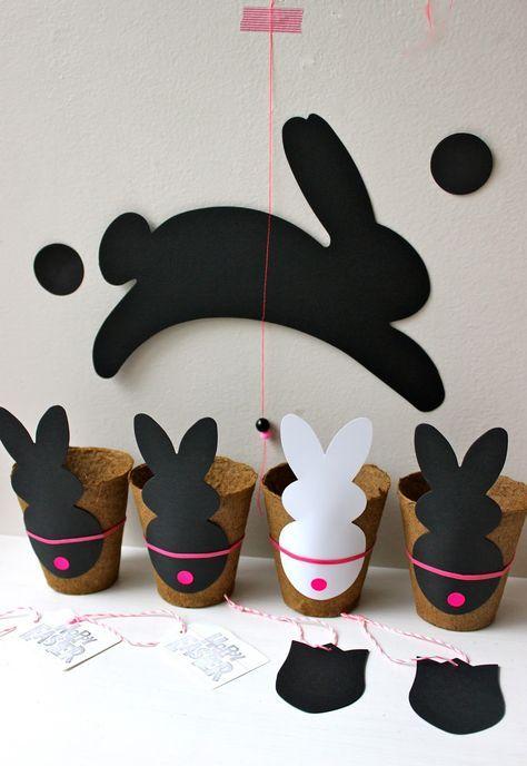 """Hier nun die kleinen """"Oster-Näschtli"""" ..... """"Rabbits"""" ganz einfach in schwarz & weiss mit ein bisschen natur & neonpink, passt doch irgen..."""