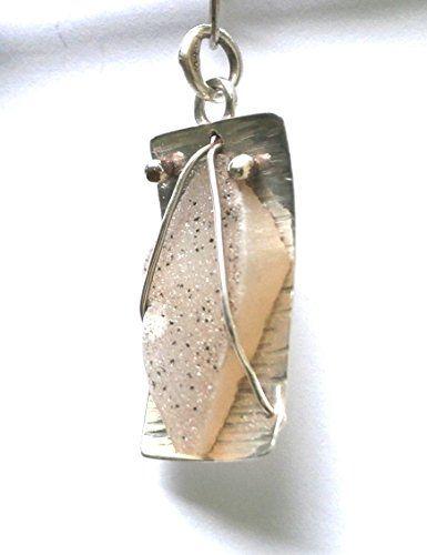 Rhombus Druzy Quartz Agate Pendant Konstantis Jewelry http://www.amazon.com/dp/B00QXISM0S/ref=cm_sw_r_pi_dp_jlGxvb0K6QBMJ