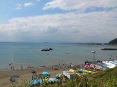 大浜海水浴場まで彼女とドライブ まだ泳げる季節じゃないけど富士山が見えるからここは最高だね 逗子駅から出ているバスでいくこともできるよ 夏にまた行きたい tags[神奈川県]