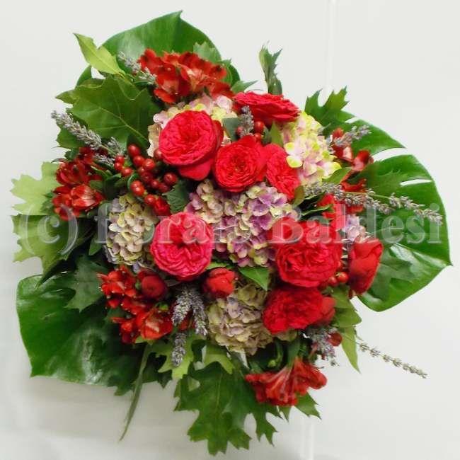 Bouquet Laurea Nel 2020 Fiori Bouquet Mazzo Di Rose