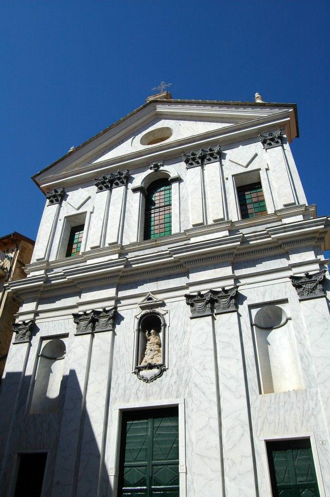 Taggia (IM), Oratorio della Santa Trinità della Confraternita dei Rossi