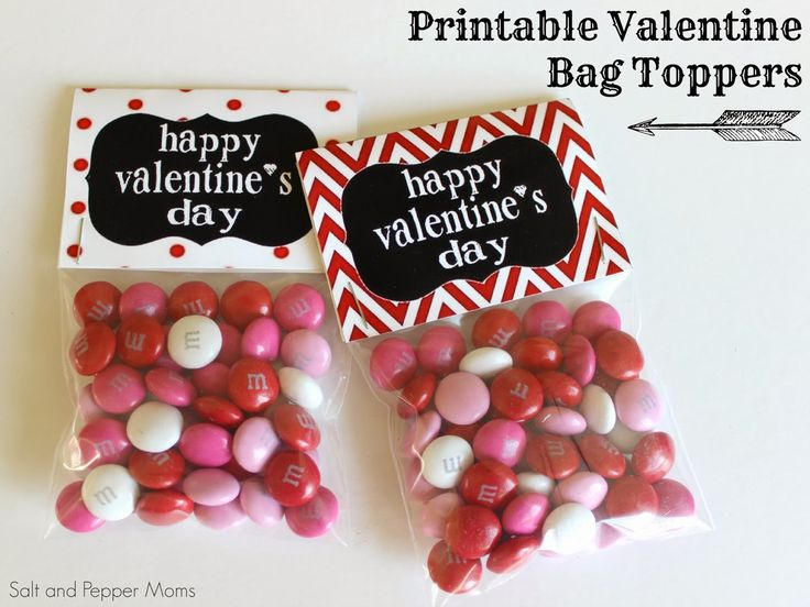 Free Printable Valentine Bag Toppers. Great option for Valentine's Day treats and snacks!
