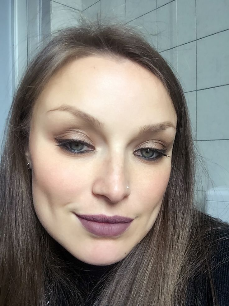 Look of the day 💄#bellezzaprecaria #bellezza #beauty #beautyblog #beautyblogger #beautyaddict #mulaccosmetics #mulac #velvetink #vanguard #tintalabbra #lips #lipstick #makeup