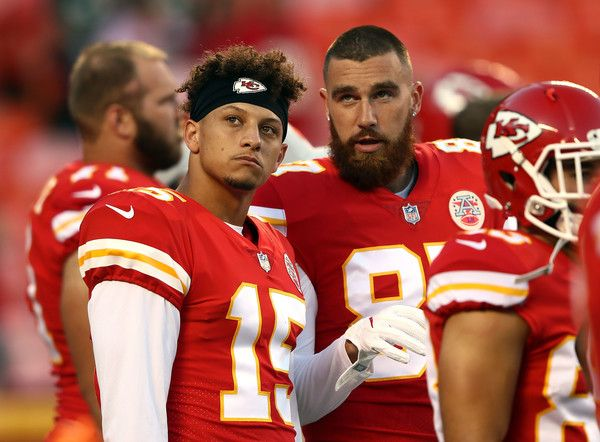 Travis Kelce And Patrick Mahomes Photos Photos Green Bay Packers Vs Kansas City Chiefs Chiefs Wallpaper Kansas City Chiefs Football Travis Kelce