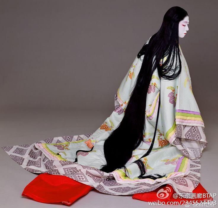 源氏物語より藤壺。坂東玉三郎 Kabuki actor Tamasaburo Bando