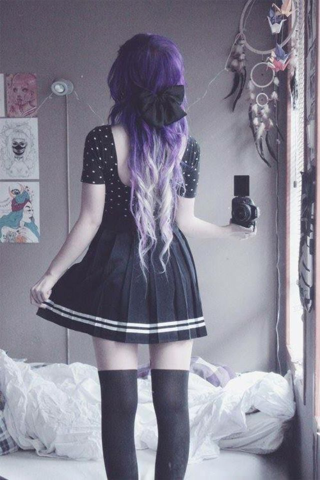 Super cute goth girl <3 Love her hair, dress, everything.  Purple lilac curls curl long coloured hair