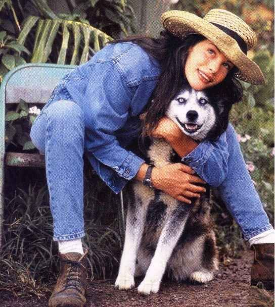 MORE DOG TIME. | 10 Bongo Jeans Ads That Will Make You Nostalgic For '90s Denim