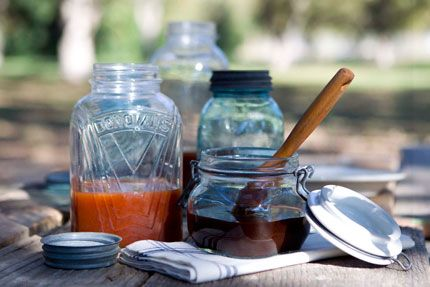 Myron Mixon's Basic BBQ sauce: Onion and Garlic powder, tomato paste, paprika, cider vinegar, worcestershire sauce, dark brown sugar, honey, maple syrup, salt and pepper.   Do NOT omit the maple syrup. This is a 10.