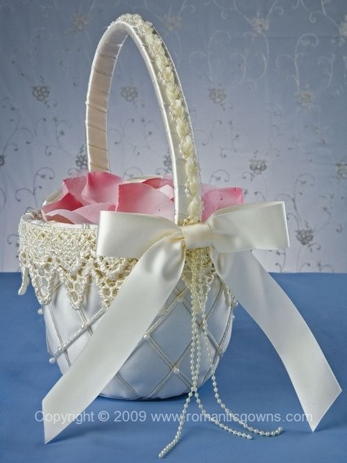 More flower girl baskets