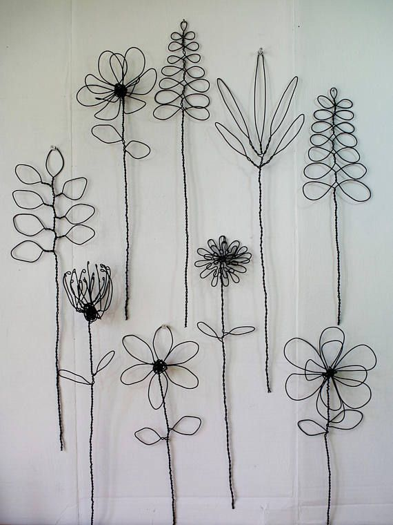 Wall Hanging Wire Flower Arrangement Or Bouquet