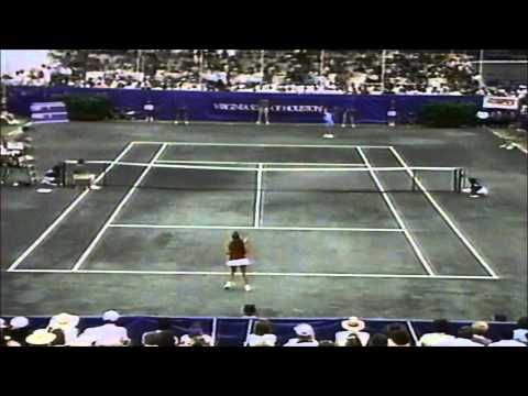 Chris Evert vs 15 yr old Monica Seles 1989 Virginia Slims of Houston final - YouTube