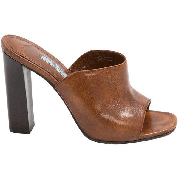 Pre-owned Prada Leather Mules & Clogs ($203) ❤ liked on Polyvore featuring shoes, clogs, camel, pre owned shoes, prada footwear, leather clogs, camel shoes and leather clog shoes