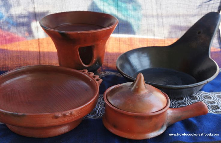 Different Types Of Ethiopian Pots And Serving Dishes Www Howtocookgreatethiopian Com Food