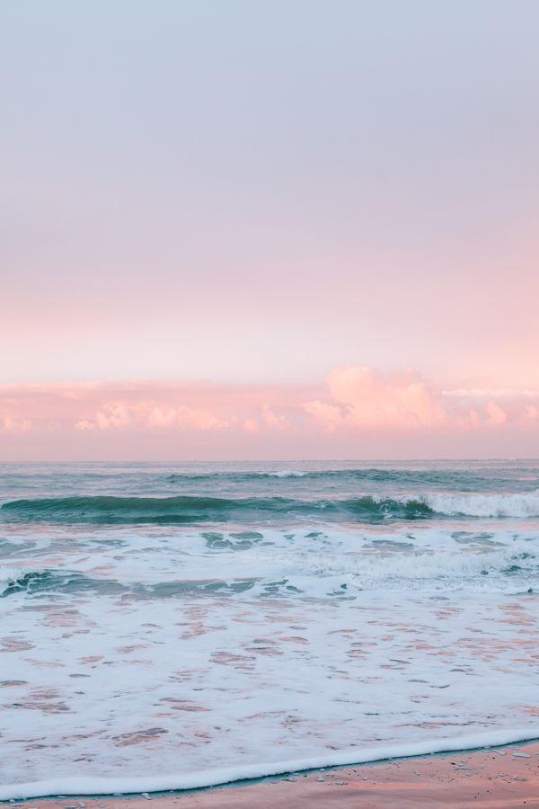 Sunrise at Surfer's Beach in Half Moon Bay, California // WeAreAdventure.us