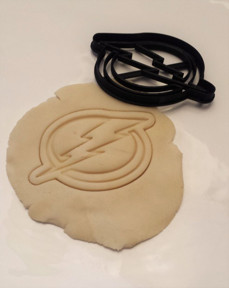 Tampa Bay Lightning Cookie Cutter by 3DKamotion on Etsy https://www.etsy.com/listing/236024726/tampa-bay-lightning-cookie-cutter