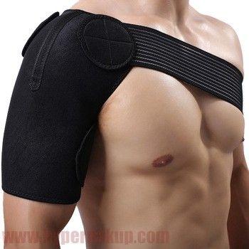 Spevňujúca neoprénová bandáž ramena je určená pre preventívnu ale i terapeuticko-rehabilitačnú ochranu svalov väziva a kĺbov.Neoprénová nastaviteľná bandáž ramena zabezpečuje optimálnu kompresiu ramena a väziva. Neoprénová bandáž neprepúšťa telesnú teplotu, čím podporuje krvný obeh a ochranu, respektíve liečbu poranených partií.Použitie :pri pohybových aktivitách ako preventívna ochrana kĺbov,svalov a väzivapočas rehabilitácie liečby poškodeného väziva, svalstva, kĺbovbandáž ramena je vhodná…
