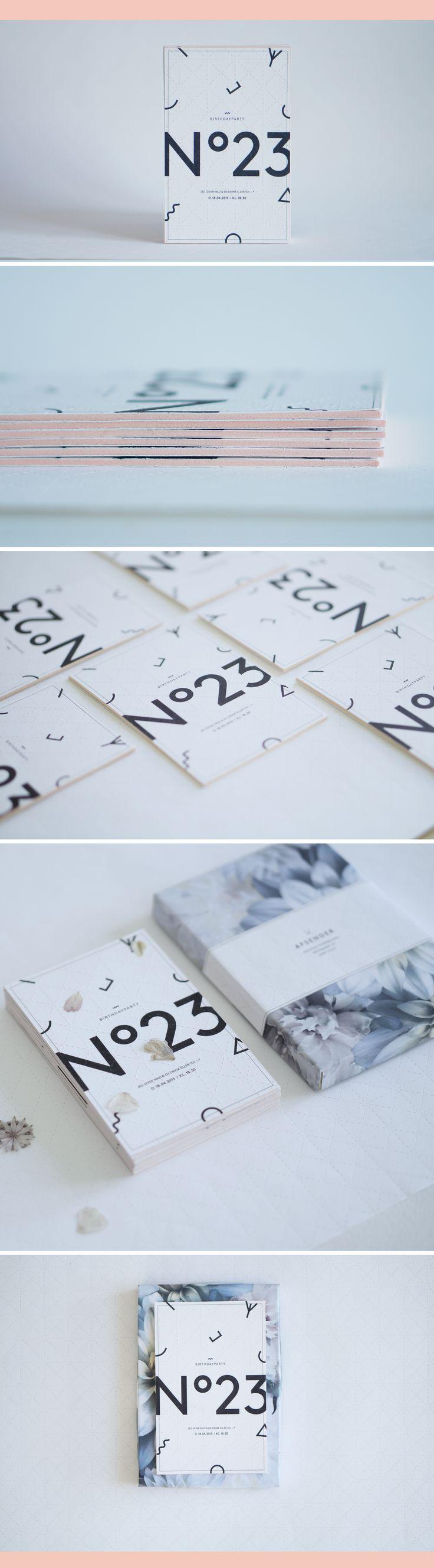 Minimal birthday invite - black white and coral foam center. #invitation #birthday #minimal #nordic #graphic #design #diy