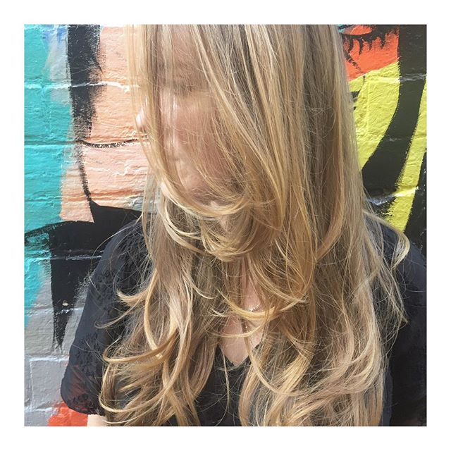 PRETTY • refreshed fashion colour & cut on this beauty Colour • Technician @faye_toniandguyperth Cut • Stylist @faye_toniandguyperth  @toniandguyau @toniandguyperth @labelmau @WellaProANZ @Wellawa  @IdHairau #MyToniAndGuy #ToniAndGuy #Hairspiration #LongHair #Bangs #StraightHair #WavyHair #Sleek #Blowdry #LusciousLocks #Balayage #Ombre #Highlighted #Wellawa #KolestonPerfect #ColorTouch #PerthHair #InstaHair #Hairdressing #Style #Fashion #FashionMeetsHair #WolfeLane