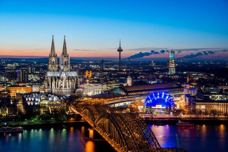 Entdeckt unsere wunderschöne Heimat und lernt die kölsche Kultur kennen! Das Doppelzimmer im 4-Sterne Ramada Hotel #Hürth bei #Köln bekommt ihr mit unserem Deal für nur 44,00€ statt 88,00€!