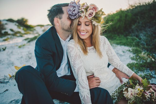 Bohemian engagement session with DIY flower crown | Hello Miss Lovely | see more on: http://burnettsboards.com/2014/08/family-engagement-session/