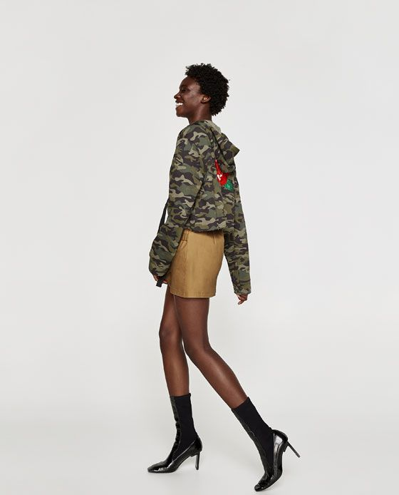 Image 4 of EMBROIDERED CAMOUFLAGE SWEATSHIRT from Zara