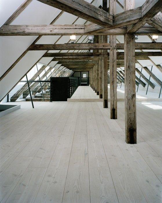 The Masting Houses - Dinesen