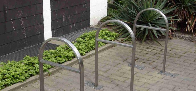 Riva, public design,  Fahrradständer, Fahrradanlehner, bicycle stands, Stadtmobiliar, street furniture