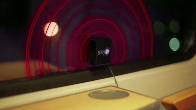 Message sonore / music dans vitre de métro