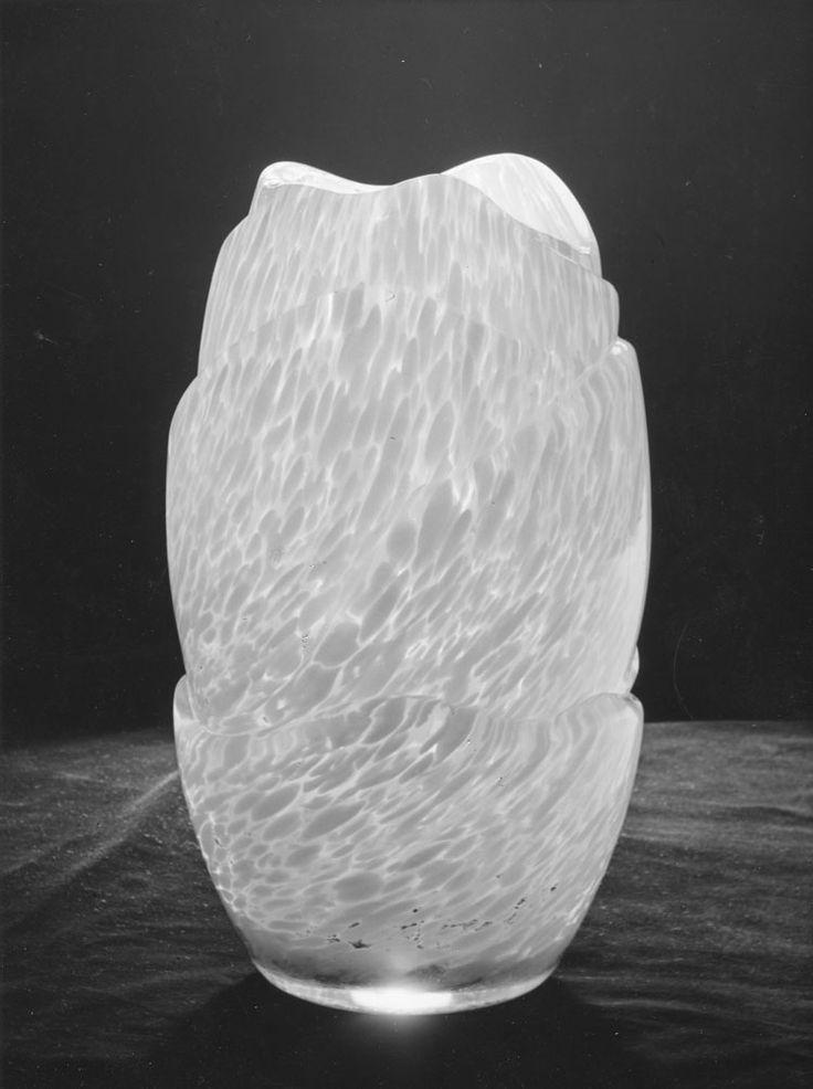 New Yorkin maailmannäyttely 1939, Riihimäen lasitehdas, designer Antti Salmenlinna