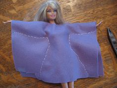Making simple Barbie clothes- a craft for kids
