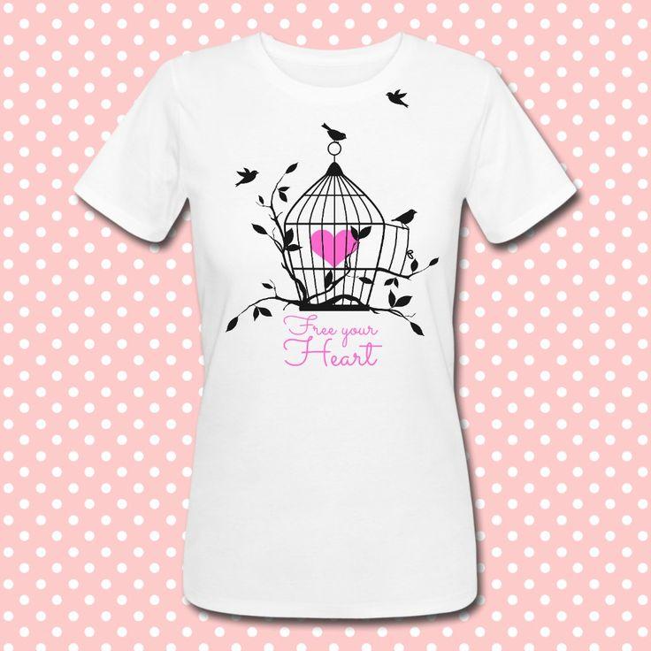 Gattablu stampa le tue t-shirt personalizzate, scegli tra le tantissime grafiche a colori brillanti firmate Gattablu Shop Online, oppure disegna la tua maglietta e personalizza il tuo guardaroba, per outfit unici al mondo! #tee #tshirt #outfit #moda #fashion #cage #gabbia #uccellini #bird #birds #heart #free #silhouette