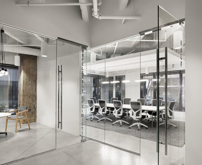 Office Tour O9 Solutions Offices Dallas Corporate InteriorsOffice InteriorsWorkplace DesignIdeas
