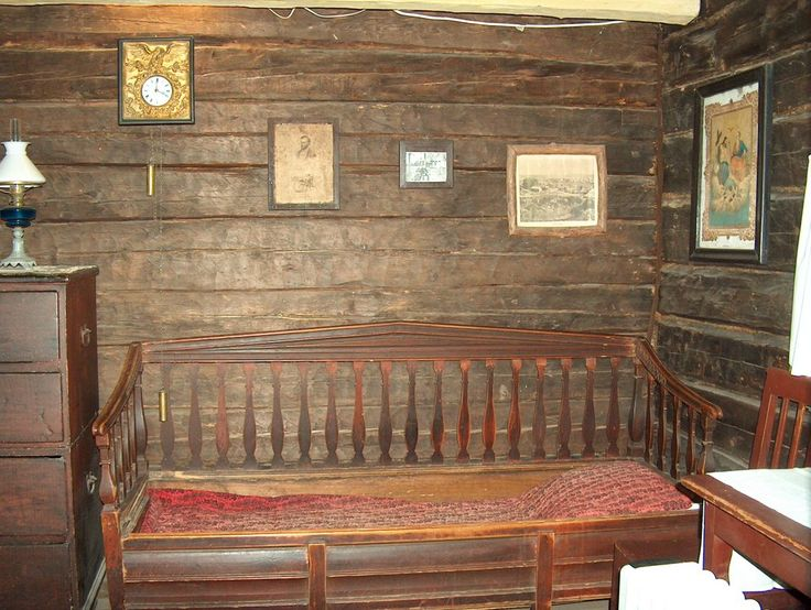 The bed of Aleksis Kivi Aleksis Kivi Day October 10 photo by Anneli