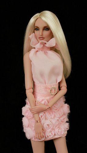 dolls dresses ........./.35.28.6
