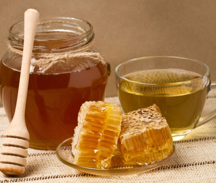 Одну чайную ложку мёда развести в стакане сырой воды. Получаем 30% раствор...