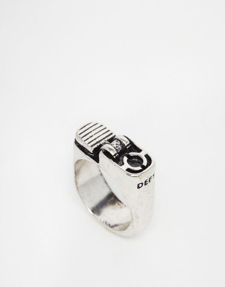 Bague par ICON BRAND Finition argentée Motif briquet Anneau lisse 100% alliage de zinc
