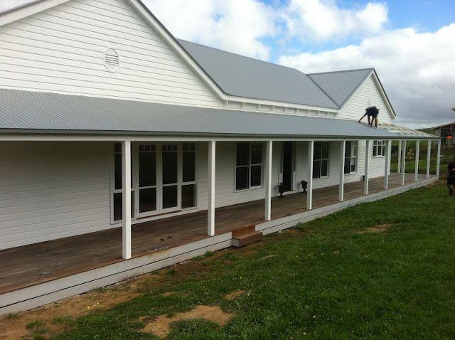 White Verandah: Harkaway Homes - Pavilion