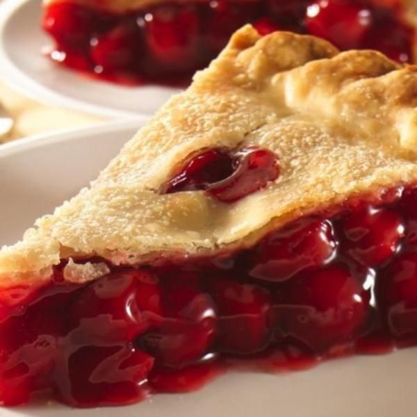 Easy Cherry Pie | Recipe | Cinnamon roll apple pie, Mini ...