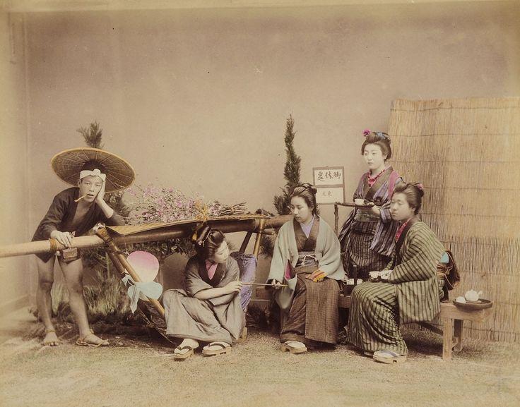 Mädchen beim Teetrinken und ein Sänftenträger | 1890 | Museum Für Kunst Und Gewerbe Hamburg | CC0