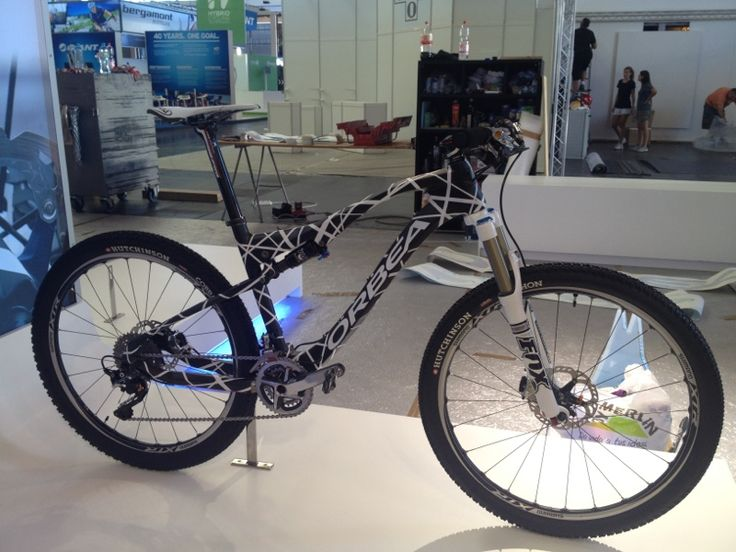 Sneak Peek: Catherine Pendrel's WC Winning mountain bike - a prototype 2013 Orbea Oiz full suspension